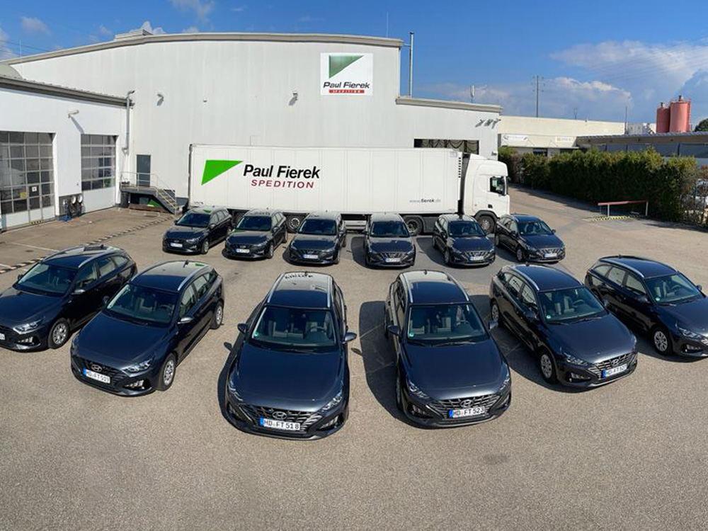 14 neue Fahrzeuge